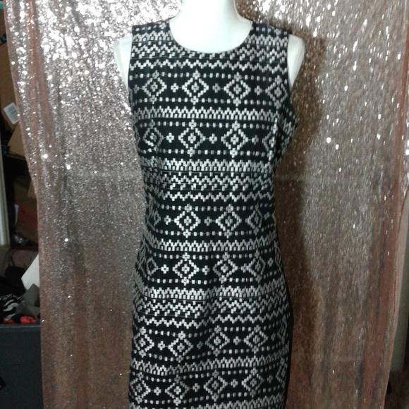 DKNYC Dresses & Skirts - NWOT DKNYC Black and Silver Cocktail Dress SZ 8